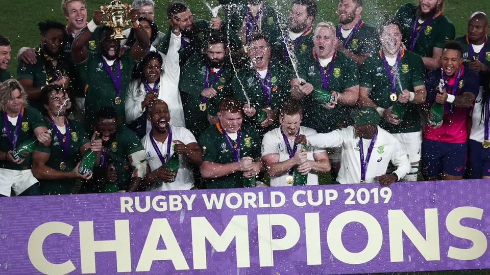 Das Rugby-Team aus Südafrika freut sich über einen weiteren Weltmeistertitel